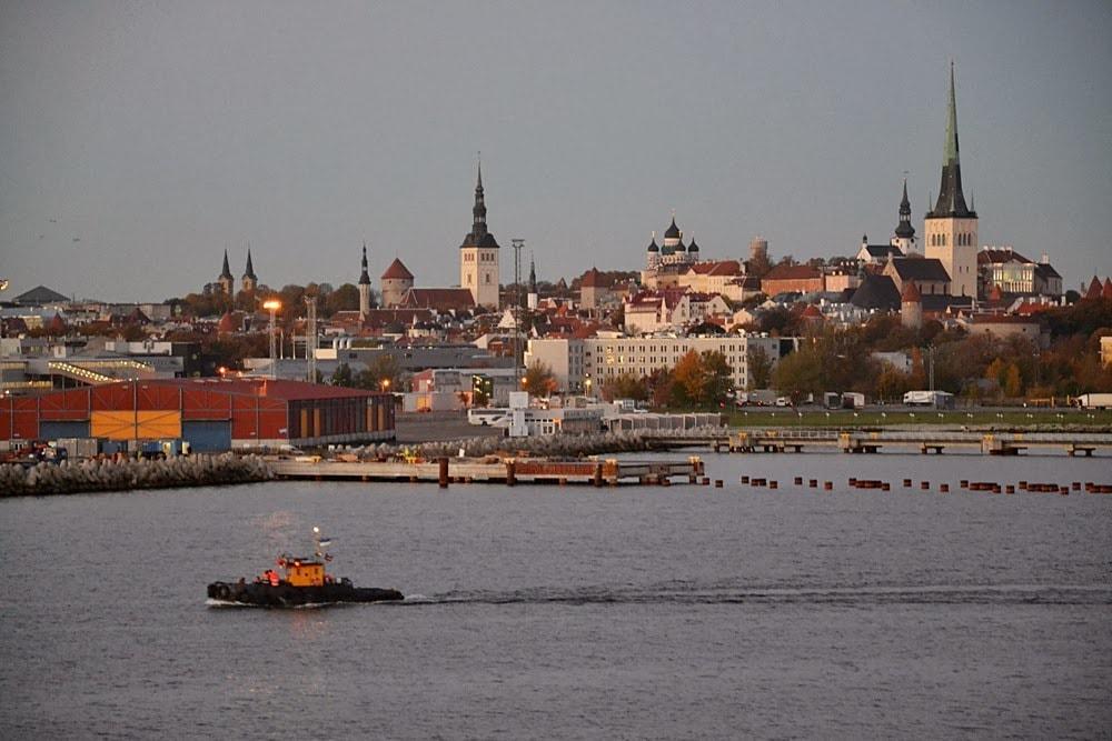 between Tallinn and Helsinki